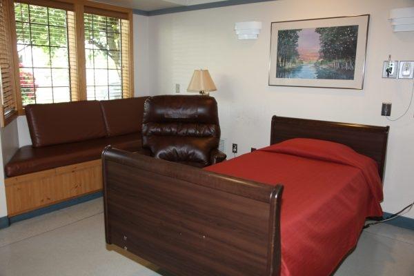 Photo of a hospice care center room